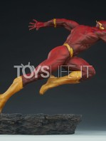 sideshow-dc-the-flash-premium-format-toyslife-05