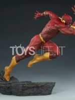sideshow-dc-the-flash-premium-format-toyslife-06