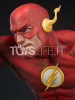 sideshow-dc-the-flash-premium-format-toyslife-08
