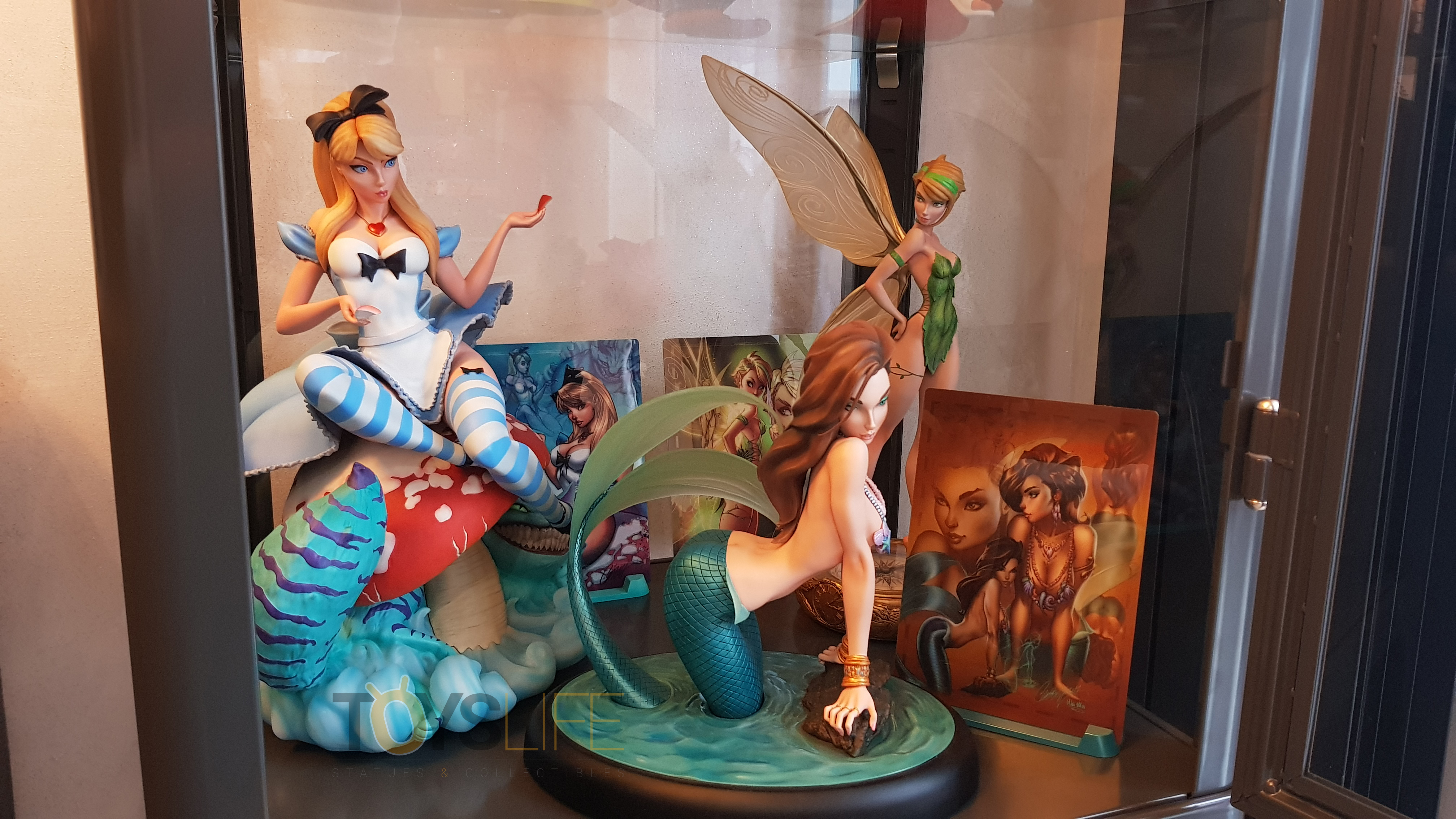 sideshow-fairytale-fantasies-jscampbell-alice-exclusive-statue-toyslife-review-19