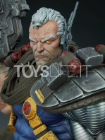 sideshow-marvel-cable-premium-format-toyslife-09