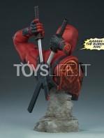 sideshow-marvel-deadpool-bust-toyslife-03