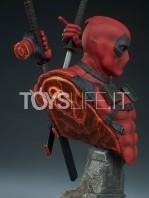 sideshow-marvel-deadpool-bust-toyslife-09