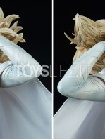 sideshow-marvel-emma-frost-premium-format-figure-toyslife-10