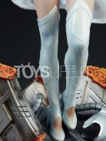 sideshow-marvel-emma-frost-premium-format-figure-toyslife-13