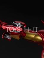sideshow-marvel-iron-man-extremis-mark-2-statue-toyslife-13