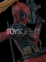sideshow-marvel-lady-deadpool-premium-format-figure-toyslife-07