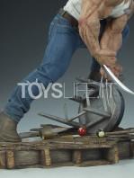 sideshow-marvel-logan-premium-format-toyslife-10