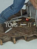 sideshow-marvel-logan-premium-format-toyslife-12