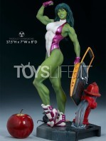 sideshow-marvel-she-hulk-by-adi-granov-statue-toyslife-01