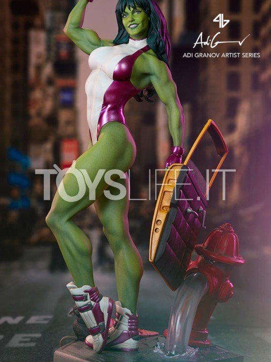 sideshow-marvel-she-hulk-by-adi-granov-statue-toyslife-icon