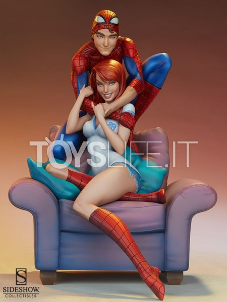 sideshow-marvel-spiderman-and-mary-jane-maquette-toyslife-icon