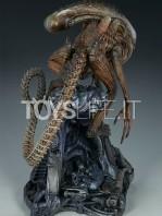 sideshow-mythos-alien-warrior-statue-toyslife-05