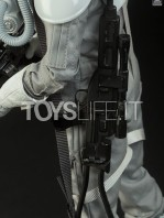 sideshow-star-wars-at-at-driver-sixth-scale-figure-toyslife-03