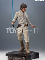 sideshow-star-wars-luke-skywalker-premium-format-toyslife-01