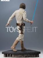 sideshow-star-wars-luke-skywalker-premium-format-toyslife-02