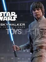 sideshow-star-wars-luke-skywalker-premium-format-toyslife-12