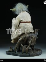 sideshow-star-wars-yoda-legendary-scale-figure-toyslife-04
