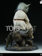 sideshow-star-wars-yoda-legendary-scale-figure-toyslife-05