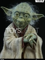 sideshow-star-wars-yoda-legendary-scale-figure-toyslife-08