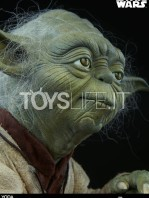sideshow-star-wars-yoda-legendary-scale-figure-toyslife-13