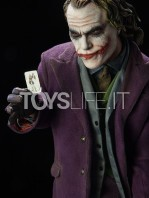sideshow-the-dark-knight-joker-premium-format-toyslife-05