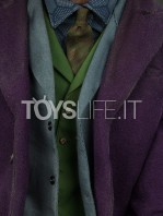 sideshow-the-dark-knight-joker-premium-format-toyslife-07