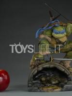 sideshow-tmnt-leonardo-statue-toyslife-01
