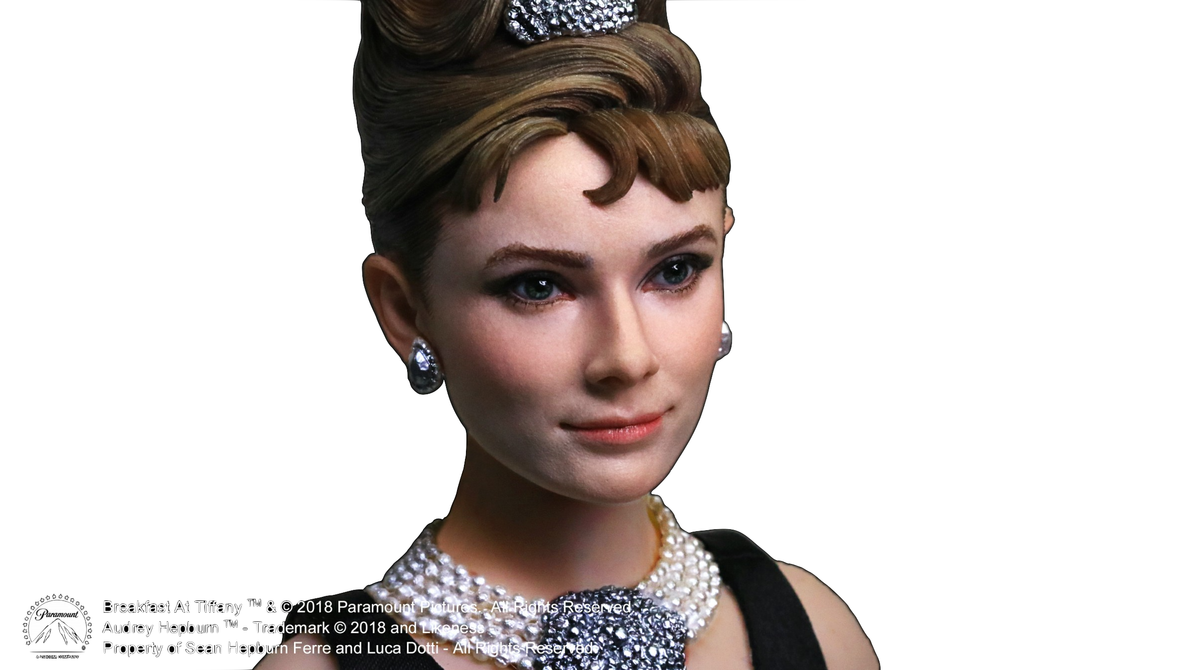 star-ace-breakfast-at-tiffanys-holly-golightly-audrey-hepburn-deluxe-figure-toyslife