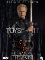 threezero-game-of-thrones-brienne-of-tarth-deluxe-version-figure-toyslife-02