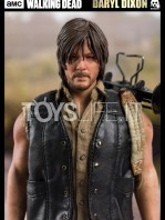 threezero-the-walking-dead-daryl-dixon-sixth-scale-toyslife-05