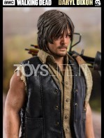 threezero-the-walking-dead-daryl-dixon-sixth-scale-toyslife-06