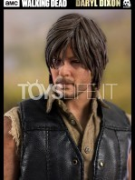 threezero-the-walking-dead-daryl-dixon-sixth-scale-toyslife-08