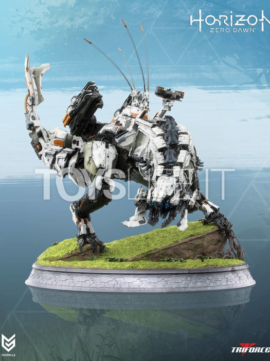 triforce-horizion-zero-dawn-the-thunderjaw-statue-toyslife-icon