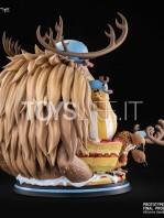tsume-art-one-piece-tony-tony-chopper-hqs-statue-toyslife-02