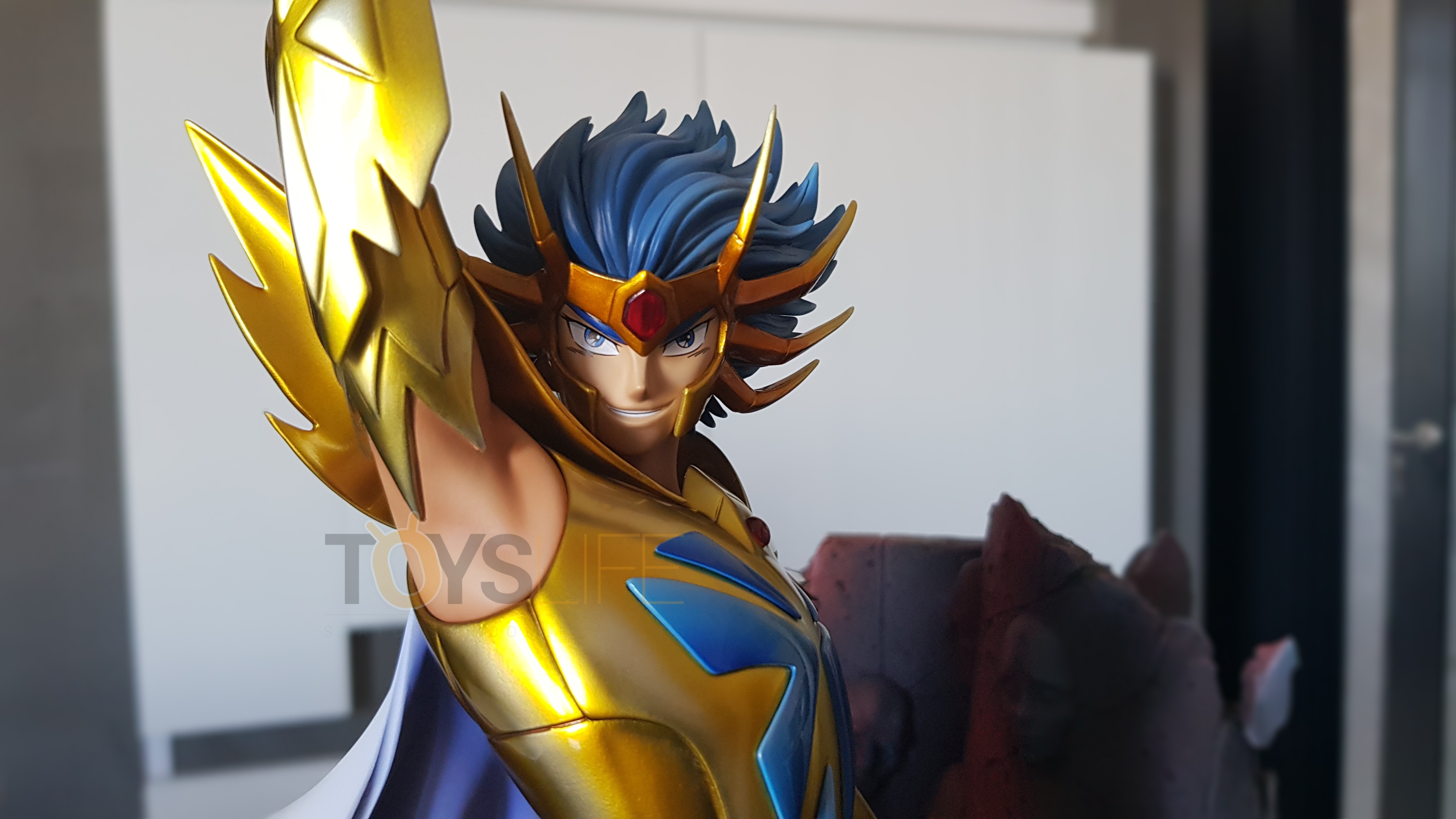 tsume-art-saint-seiya-gold-saint-death-mask-statue-toyslife-review-08