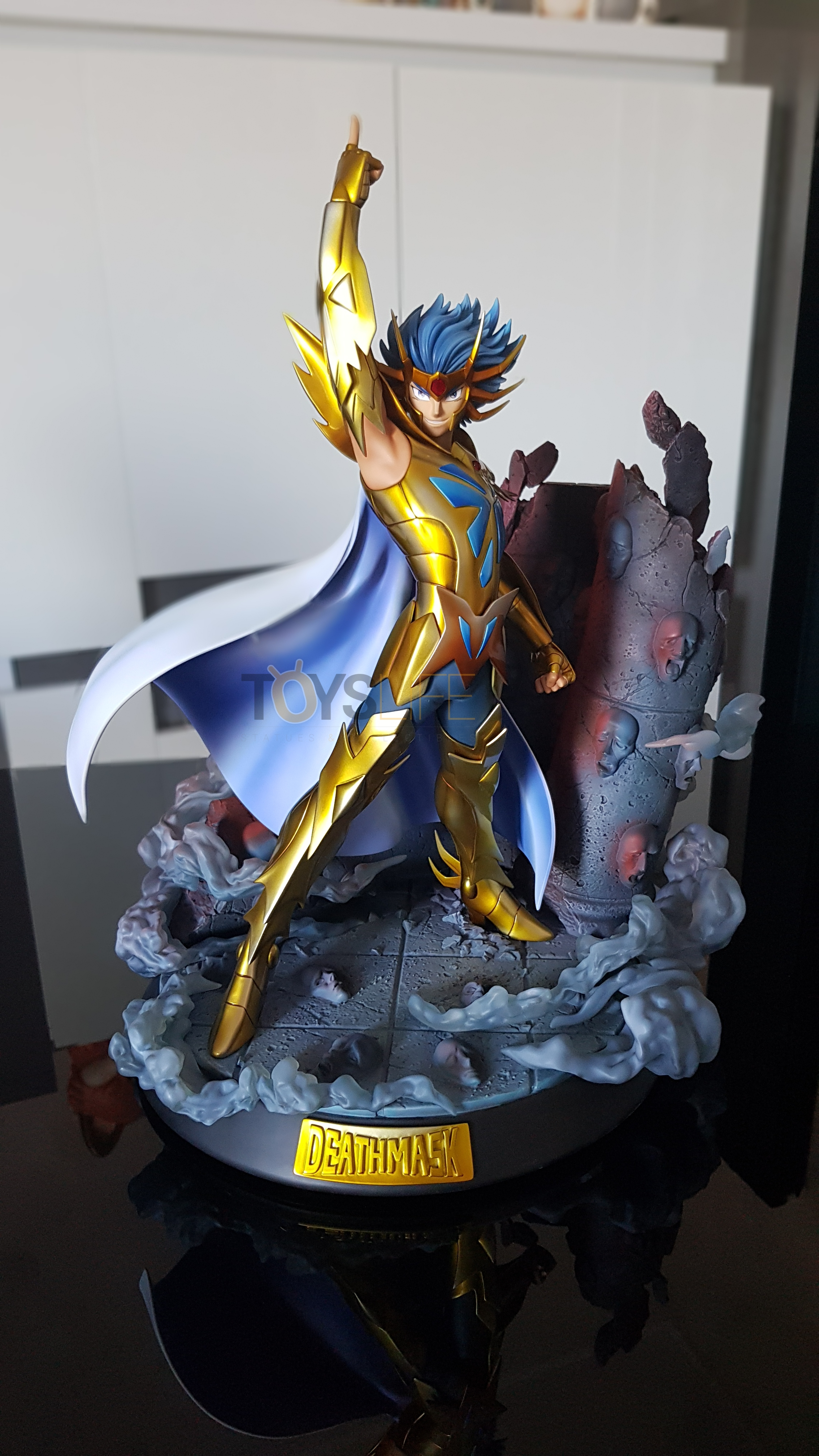 tsume-art-saint-seiya-gold-saint-death-mask-statue-toyslife-review-28