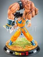 tsume-goku-vs-nappa-the-quiet-wrath-of-son-goku-statue-toyslife-01