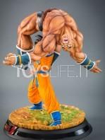 tsume-goku-vs-nappa-the-quiet-wrath-of-son-goku-statue-toyslife-06