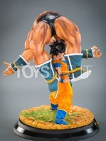 tsume-goku-vs-nappa-the-quiet-wrath-of-son-goku-statue-toyslife-0