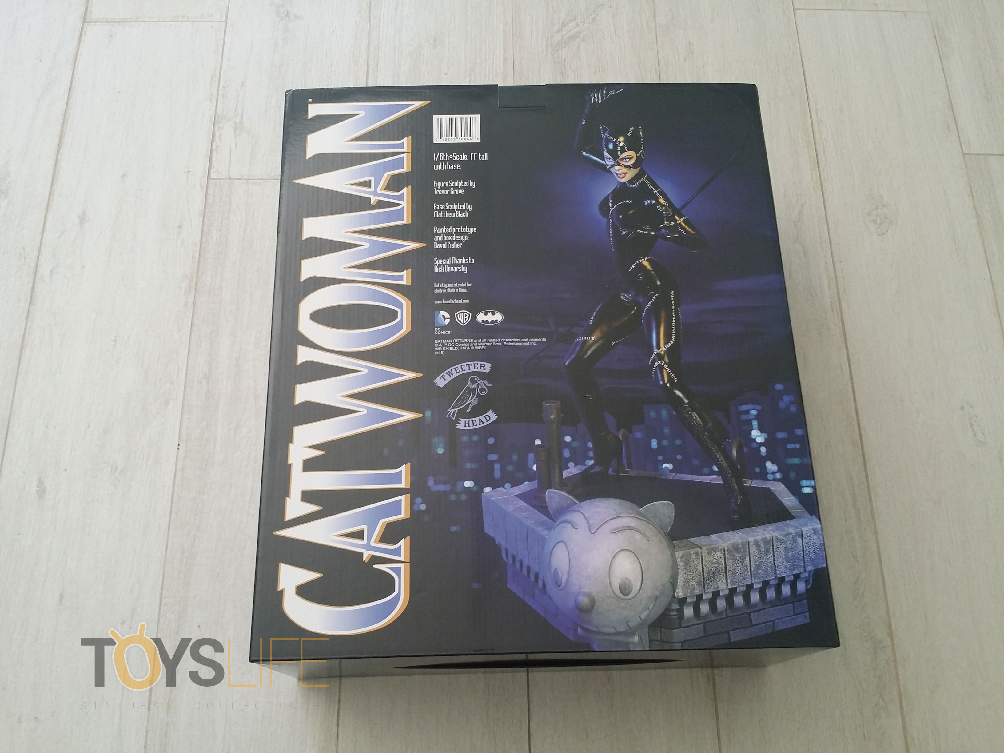 tweeterhead-catwoman-michelle-pfeiffer-maquette-toyslife-review-03