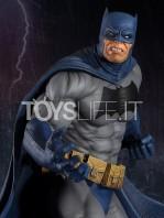 tweeterhead-dc-batman-the-dark-knight-returns-batman-miller-maquette-toyslife-icon