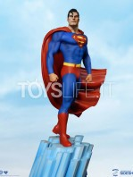 tweeterhead-dc-comics-super-powers-collection-superman-maquette-toyslife-icon