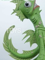 unruly-industries-monsters-fish-face-pvc-statue-toyslife-07