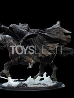 weta-lotr-ringwraith-at-the-ford-1:6-statue-toyslife-02