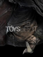 weta-lotr-ringwraith-at-the-ford-1:6-statue-toyslife-11