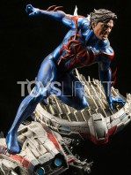 xm-studios-marvel-comics-spiderman-2099-1:4-statue-toyslife-03
