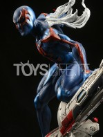 xm-studios-marvel-comics-spiderman-2099-1:4-statue-toyslife-07