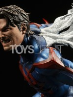 xm-studios-marvel-comics-spiderman-2099-1:4-statue-toyslife-11
