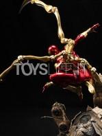 xm-studios-marvel-ironspider-1:4-statue-toyslife-05